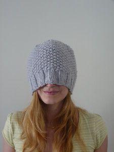 Enfin le froid est de retour ! Mais elle est folle vous direz-vous ! Mais non, c'est juste que je viens de terminer mon nouveau bonnet !! Je voulais m'en tricoter un deuxième qui soit moins moulant au niveau du crâne un peu comme celui que porte Diane...