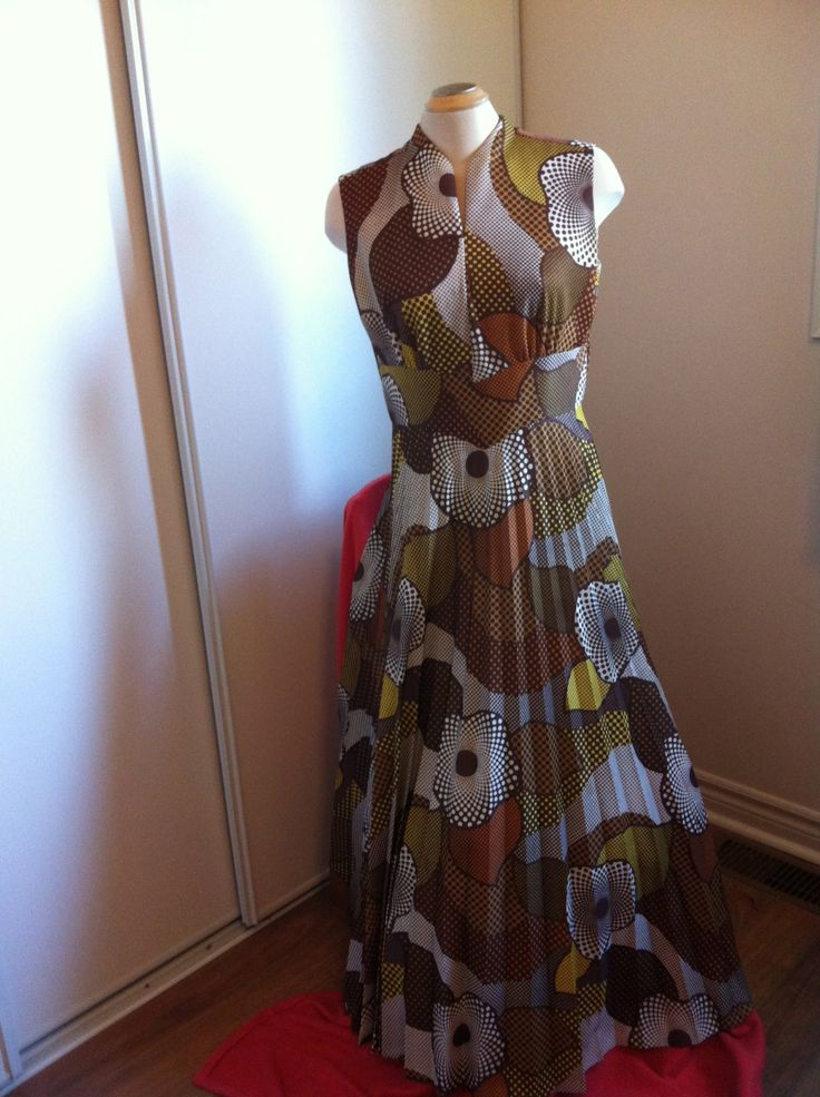 Vintage 1960's abstract pattern dress by Puddledub on Etsy