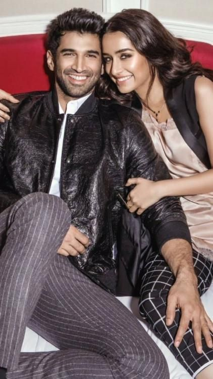 Aditya and Shraddha recreate their Aashiqui in this new picture from a photoshoot! | PINKVILLA