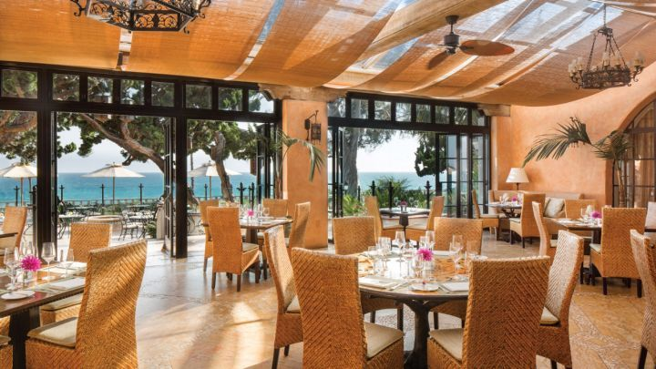 Four Seasons Hotel Santa Barbara offers a variety of innovative, locally sourced fine dining options including the oceanfront Bella Vista and lively Ty Lounge.