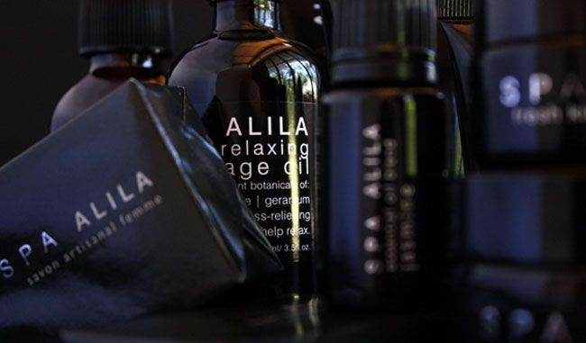 Each sleek and gorgeous villa comes with a heap of natural his and hers lemongrass-based Spa Alila products, all made in Bali. #Alila #villa #Uluwatu #Bali #living #wellness