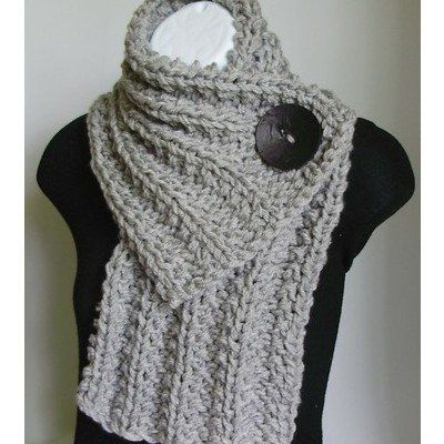 Big Button ScarfIdeas, Buttons Scarf, Fashion, Style, Knits Scarves, Yarns, Chunky Knits, Crafts, Crochet Scarfs
