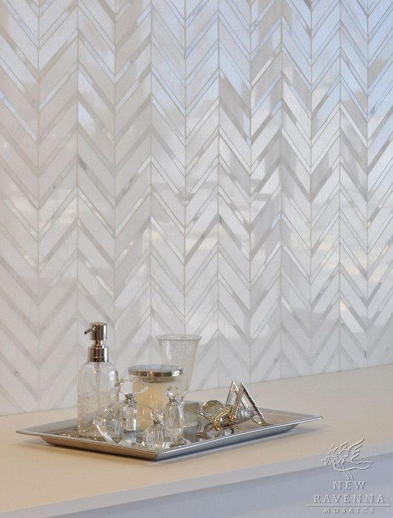 this backsplash is breathtaking.