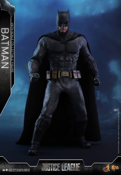 """【Justice League - 1/6th scale Batman Collectible Figure 】  """"We have to be ready. You, me, the others... there's an attack coming from far away.""""  Batman has always been a fan-favorite character in DC Comics. After the event of Superman's """"death"""", Batman l"""