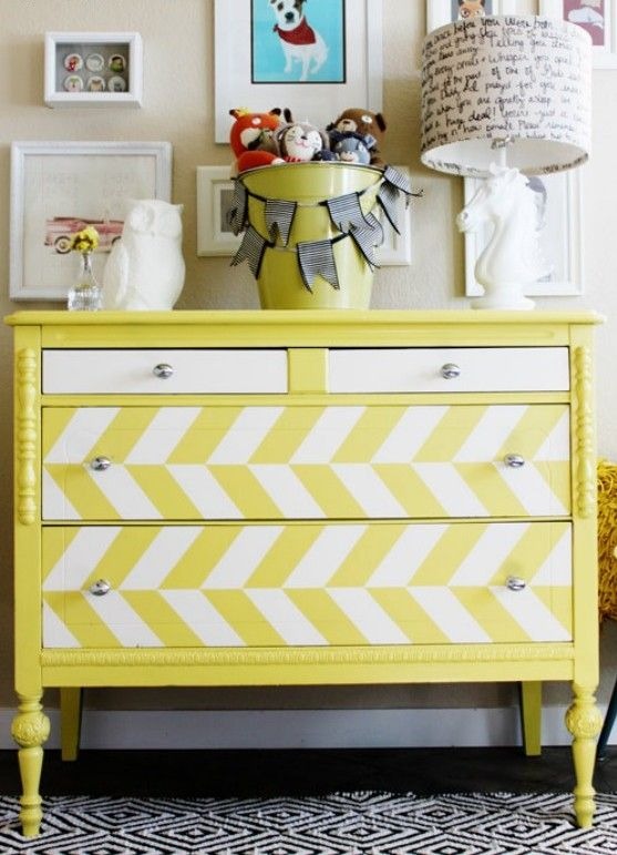 Bring the two-tone furniture trend into the #nursery with this DIY'd yellow and white #herringbone dresser!: Chevron Patterns, Ideas, Old Dressers, Paintings Dressers, Drawers, Glasses Boxes, Furniture, Chevron Dressers, Diy