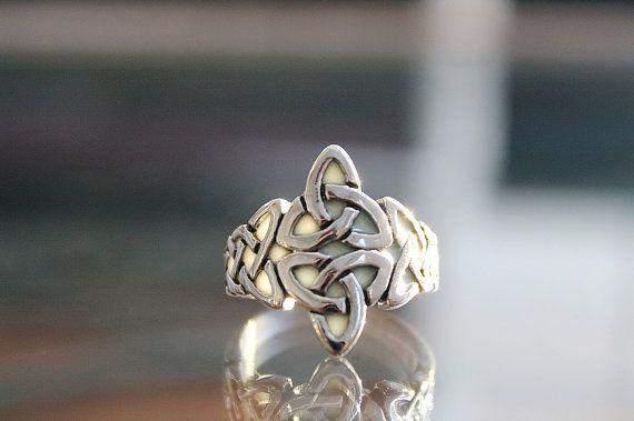 Nudos CELTAS acero inoxidable anillo de resplandor en por Papillon9