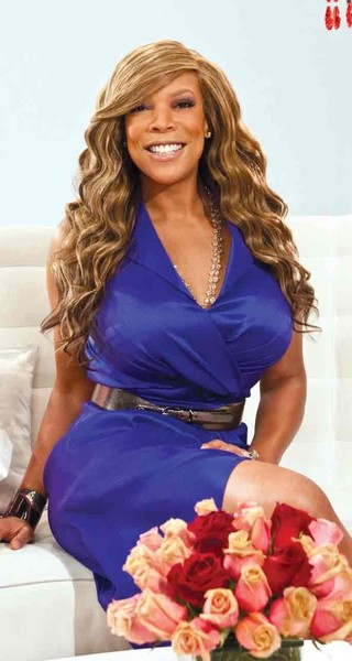 Wendy Williams  CurvyGirl with STYLE!  www.curvygirlstyle.net   PattyOnSite