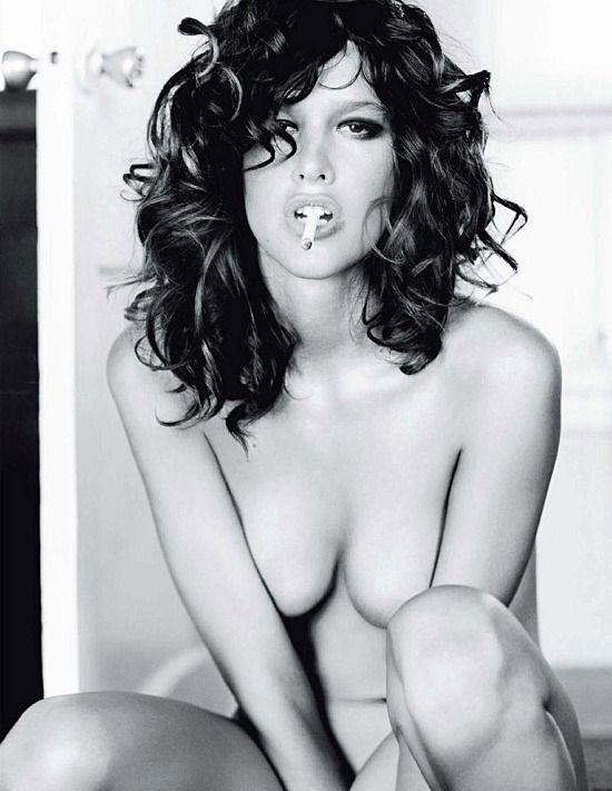 Paz de la Huerta | Playboy (francia) - 2009 február-március - kimaradt jelenetek