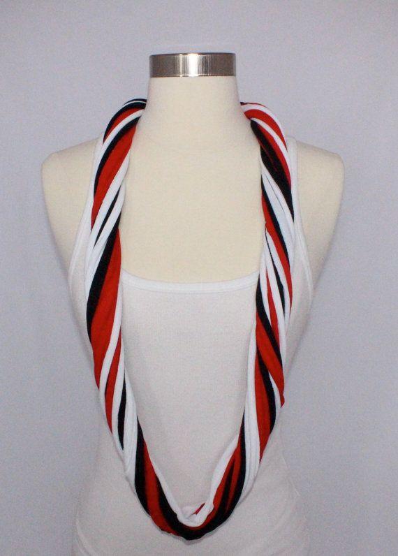 Halcones de Atlanta / UGA Bulldogs camiseta bufanda Infinity - rojo, negro y blanco mezcla por ShopSMichele
