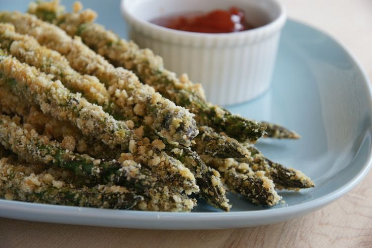 Crunchy asparagus fries from naked avocado. Having these with Paleo burgers tonight!