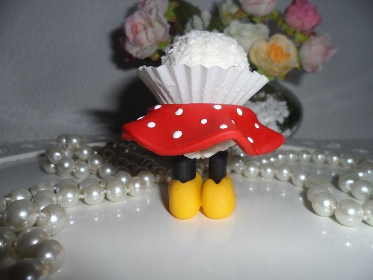 Porta docinhos feito em biscuit. Otimo para compor a mesa de doces, podendo inclusive ser dado como lembrancinha. <br> <br>Frete por conta do comprador