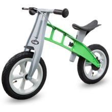 @FirstbikeUSA is the perfect training bike (run bike or balance bike) for developing your child's sense of balance and motor skills. This expedient cycle is the ideal companion for walks and discovery journeys, because already young children can keep up with their parents walking speed without trouble.