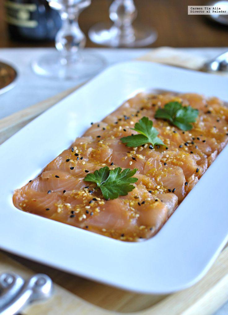 Te explicamos paso a paso, de manera sencilla, la elaboración de la receta de tiradito de salmón marinado con sésamo. Ingredientes, tiempo de elaboración,