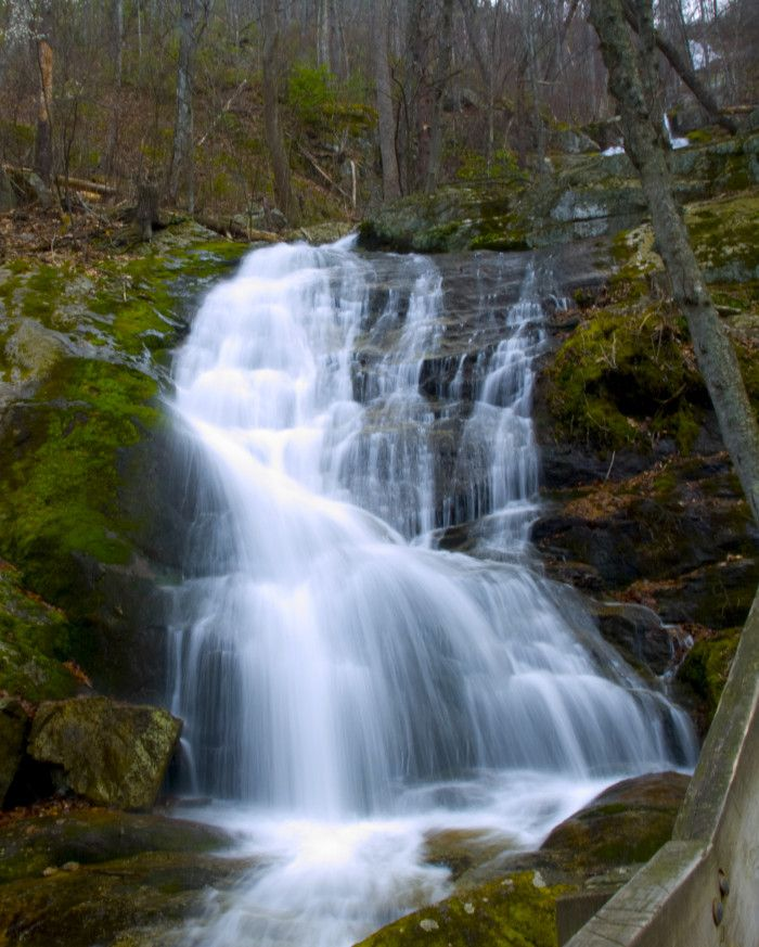 12 Perfect Places To Go In Virginia If You're Feeling Adventurous * Crabtree Falls