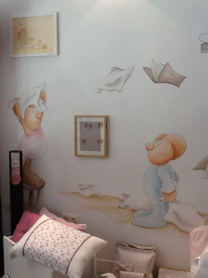 Mural de papel pintado de pilar burguet nueva for Murales habitacion bebe