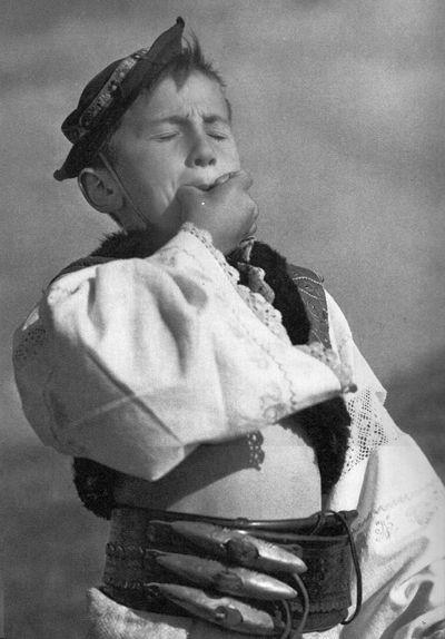 Karel Plicka, slovenské kroje « Archiv časopisu Slavonie