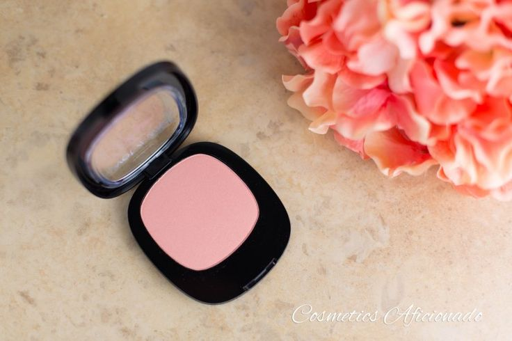From the Wet n Wild Fergie Centerstage Collection, their Brush With Destiny blush that boasts a velvety texture and 10 hour wear