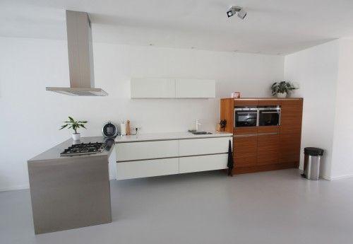 Onze keuken, uitgevoerd in triple-tone