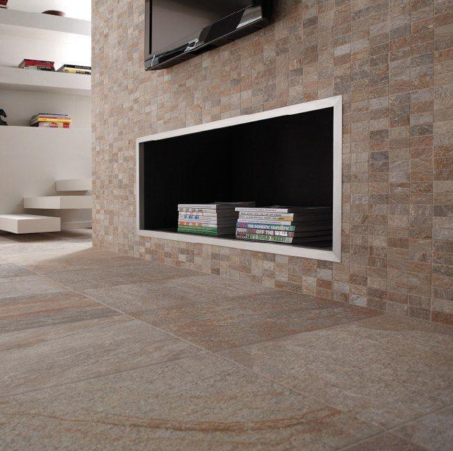 Keramisch kwartsiet in aardetinten op de vloer en in mozaiek op de muur (48-DO) Tegelhuys