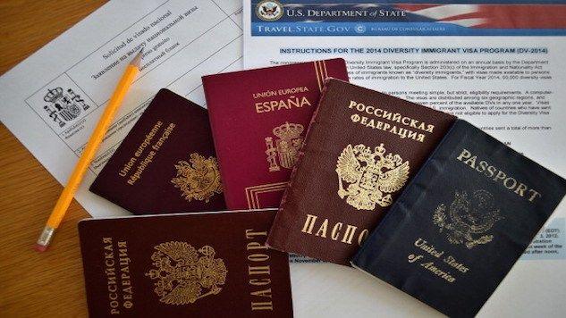 'VISA WAR': EU VOTES TO BAR VISA-FREE TRAVEL FOR AMERICAN CITIZENS