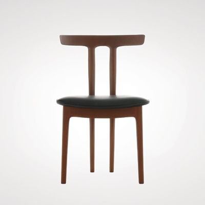 Chair designed by Ole Wanscher: Words like delicate, elegant and orderly come to mind when describing the designs of Ole Wanscher (1903–1985). Wanscher was a student of Kaare Klint, and later followed in his footsteps as Professor at the Furniture School at the Royal Academy in Copenhagen.