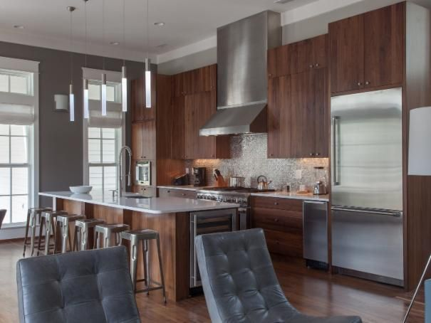 Photo of Brown Modern Kitchen project  by Geoff Chick & Associates, Inc