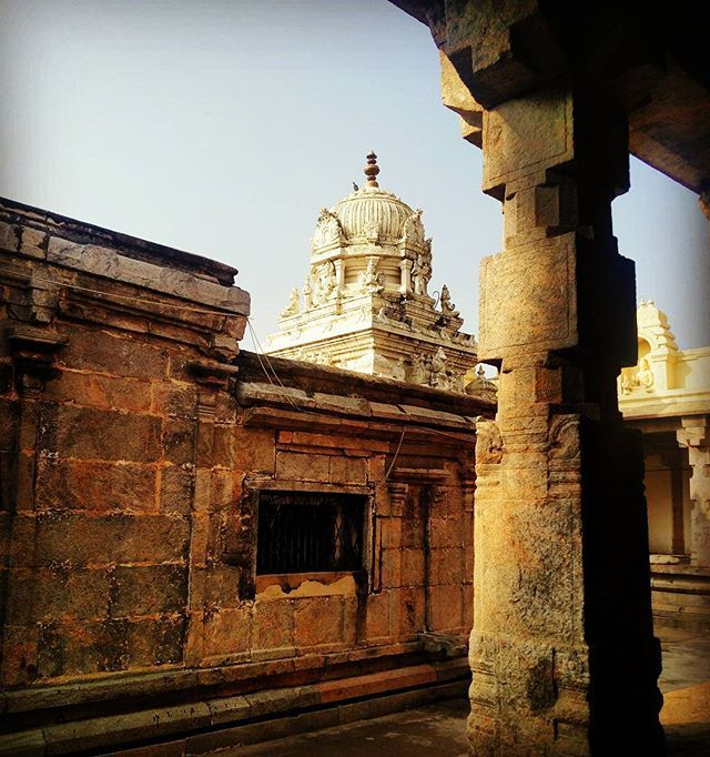 """The #ancient #aprameya #temple at Mallur near #channapatna. It is said that this is built in 11th century and there is historical evidence that the famous krithi """"Jagadodharana Adisidale Yasode"""" was composed by most prominent composer of Carnatic music Purandaradasa in appreciation of the beauty of the kutty Krishna idol in this temple. An hour drive from namma bengalooru.. #ig_karnataka #indiatravelgram #indian_culture #myblr #mysorememes #oneplustwophotography"""