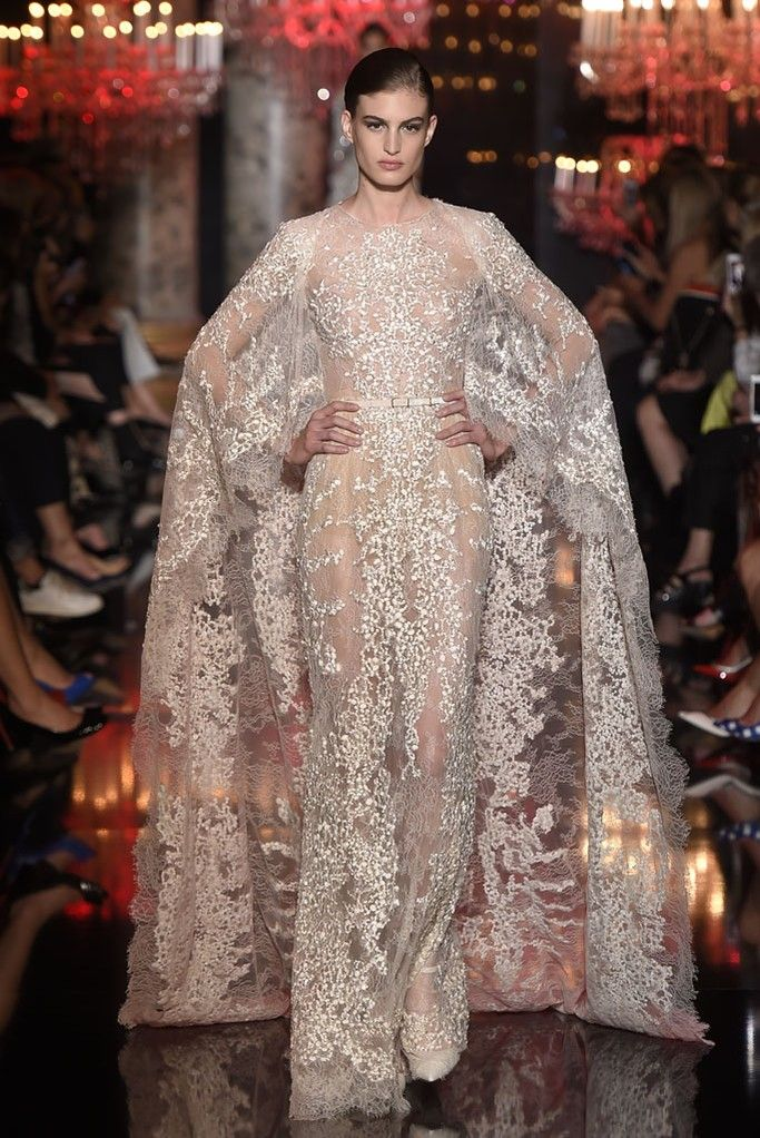 Elie Saab. Best of Fall 2014 Couture Bridal. RILEY AND GREY BLOG http://blog.rileygrey.com/?p=923 #lace #cape