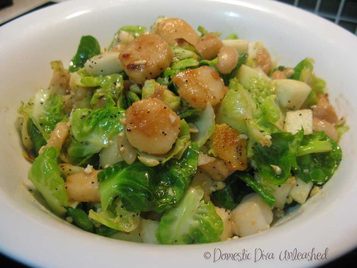 Seared Scallop Salad with Maple Poppyseed Dressing. Failsafe diet recipe