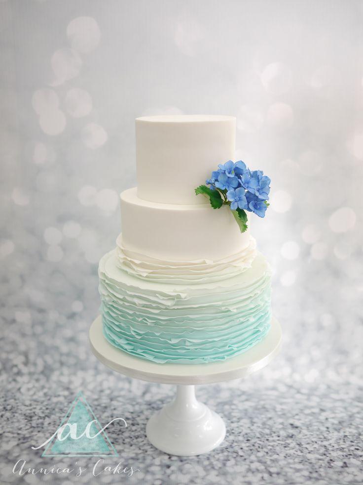 Bruidstaart blauwe ruches en hortensia