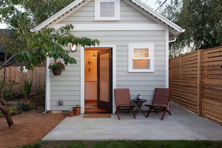 Bright Airy Tiny House In Portland Oregon Tiny Guest House Tiny House Rentals Tiny House Exterior