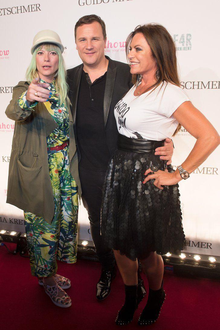 Pin for Later: Die Stars machen Berlin zum Mode-Mekka bei der Fashion Week Mieze Katz, Guido Maria Kretschmer und Christine Neubauer bei einem Event