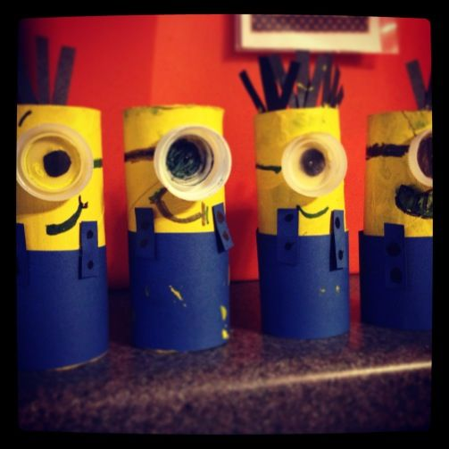 7 best cute crafts images on pinterest minion party for Water bottle cap crafts