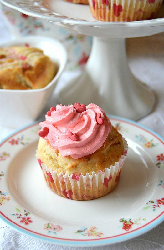 Cupcake alla ricotta con bacche di Goji e sciroppo d'acero