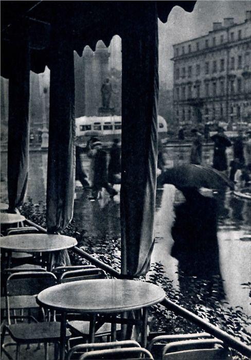 Leningrad, July 1960 (unknown amateur photographer)    Leningrad