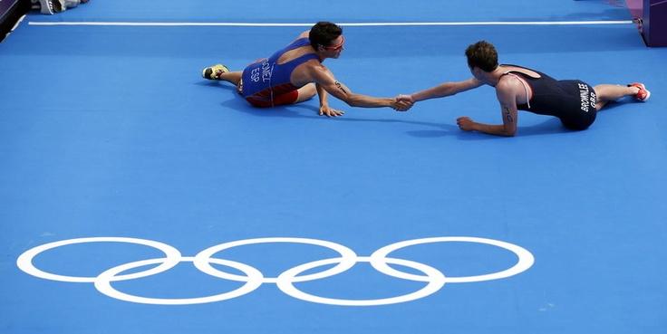 Les plus belles victoires des Jeux olympiques en images - LeMonde.fr