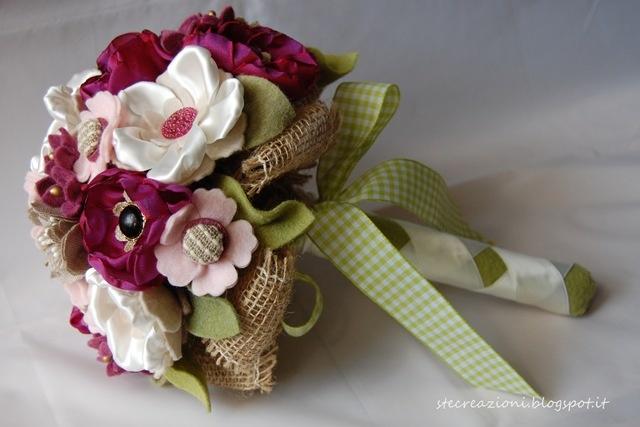 bouquet con fiori di stoffa fiori di stoffa pinterest