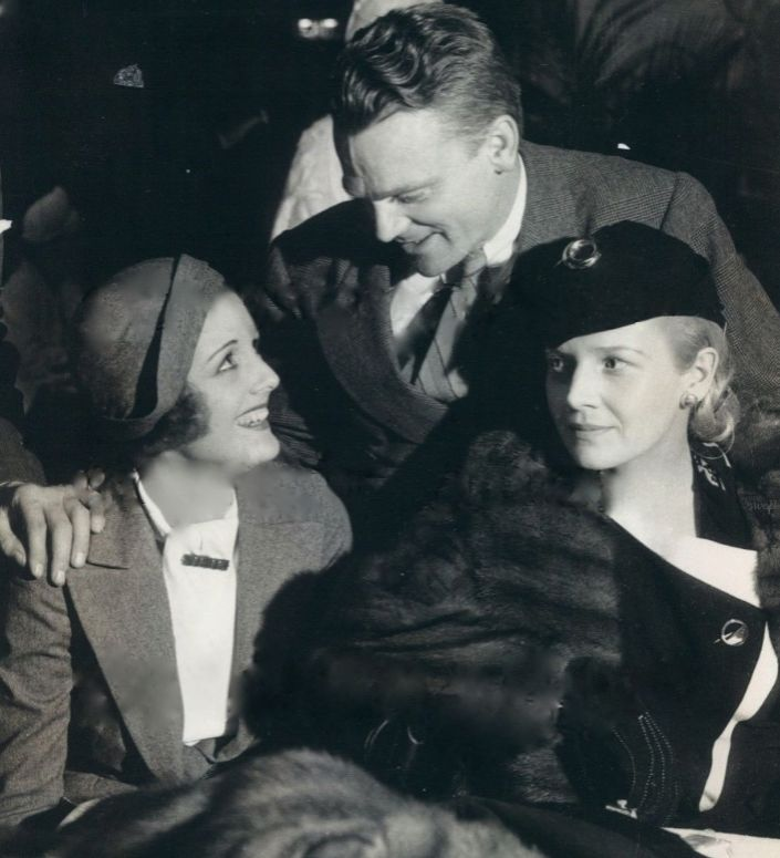 James Cagney with Mary Astor and Ann Harding in 1935/ Coots Images