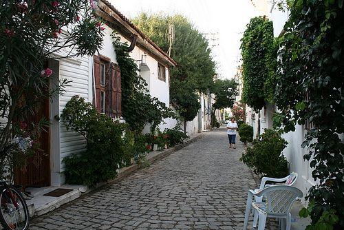 Bozcaada-TURKEY  Cutest little island .. Been here before & def going back    Photo reference: http://www.guzelbirtatil.com/bozcaada/bozcaada-arasokak/
