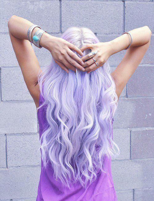 Something crazy with hair.. /lnemnyi/lilllyy66/ Find more inspiration here: http://weheartit.com/nemenyilili/collections/22262382-like-a-lady
