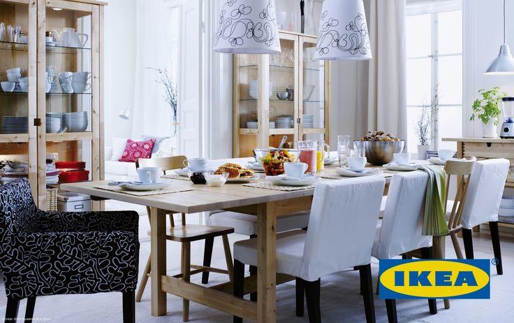 Dacă vrei să le cumperi un cadou celor dragi, însă nu știi ce să le oferi, poți alege cardul cadou IKEA.