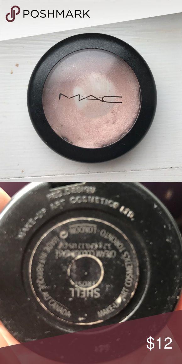 Mac highlighter cream color base shell highlighter cream color base . It's a frost MAC Cosmetics Makeup Luminizer