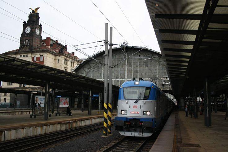 #Prague #CentralStation #train #Ceskedrahy