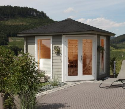 die besten 25 5 eck gartenhaus ideen auf pinterest strand stil kinder spielh user. Black Bedroom Furniture Sets. Home Design Ideas