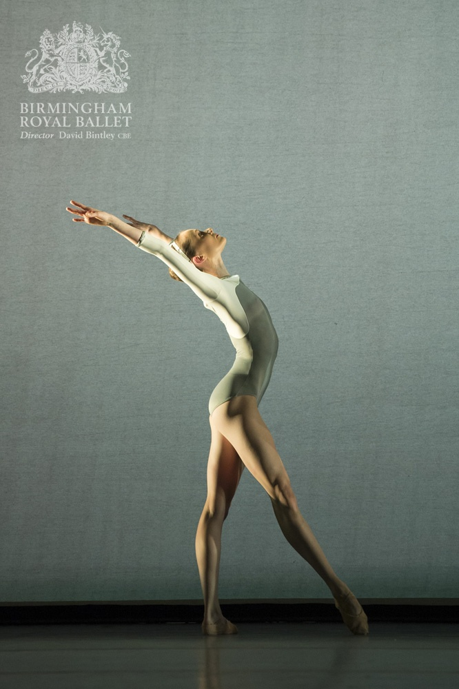 Birmingham Royal Ballet in 'Faster'; Jenna Roberts; Photo: Bill Cooper
