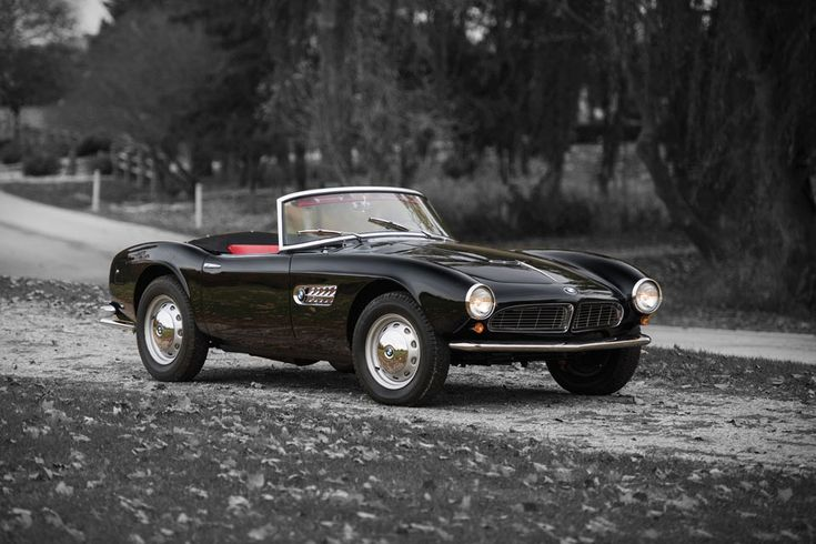 It's not as well-known as its direct competitor, the Mercedes 300SL Roadster, but this 1959 BMW 507 Roadster Series II is no less striking. Penned by Count Albrecht von Goertz, its design shows the influence of his teacher Raymond Loewy,...