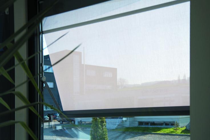 Visombra: ótimo equilíbrio entre luz e sombra, mesmo em janelas de grandes dimensões