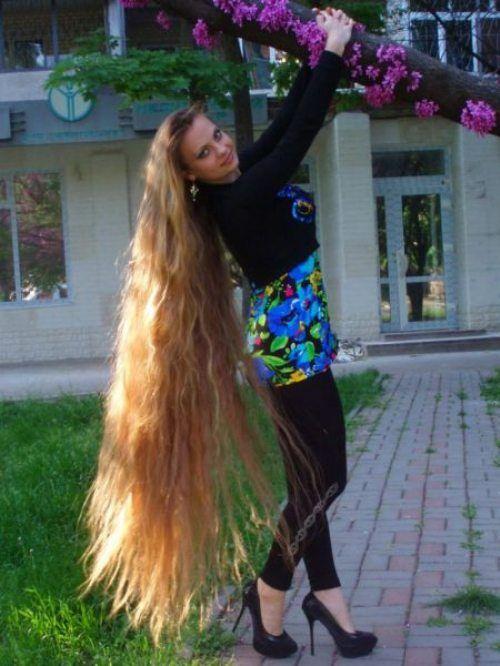 Beautiful Very long hair | floor length hair | Pinterest ...