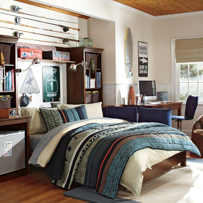 142 best images about bedroom teen boy on pinterest for Surfing bedroom designs