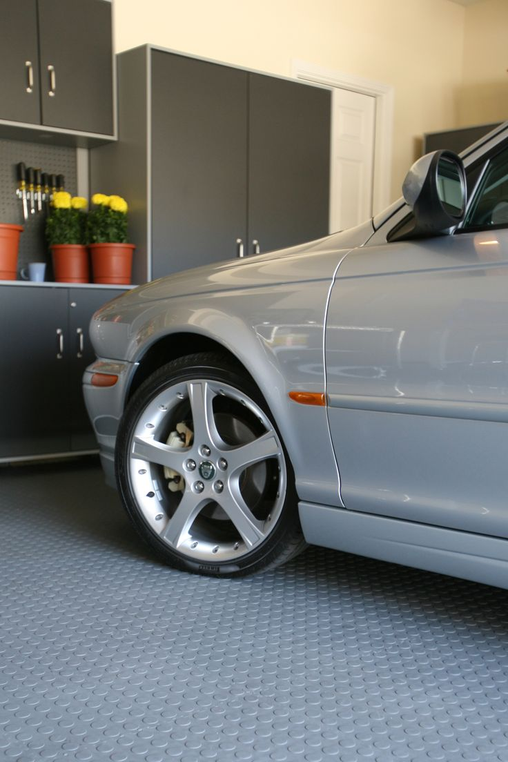 Life Is Made Simpler With Roll Out Garage Flooring Mats! #GarageFlooring